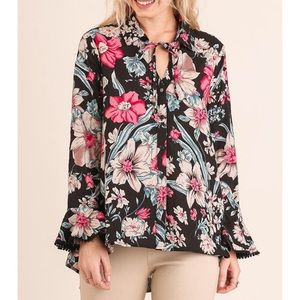 ✨New✨Umgee Floral Blouse!